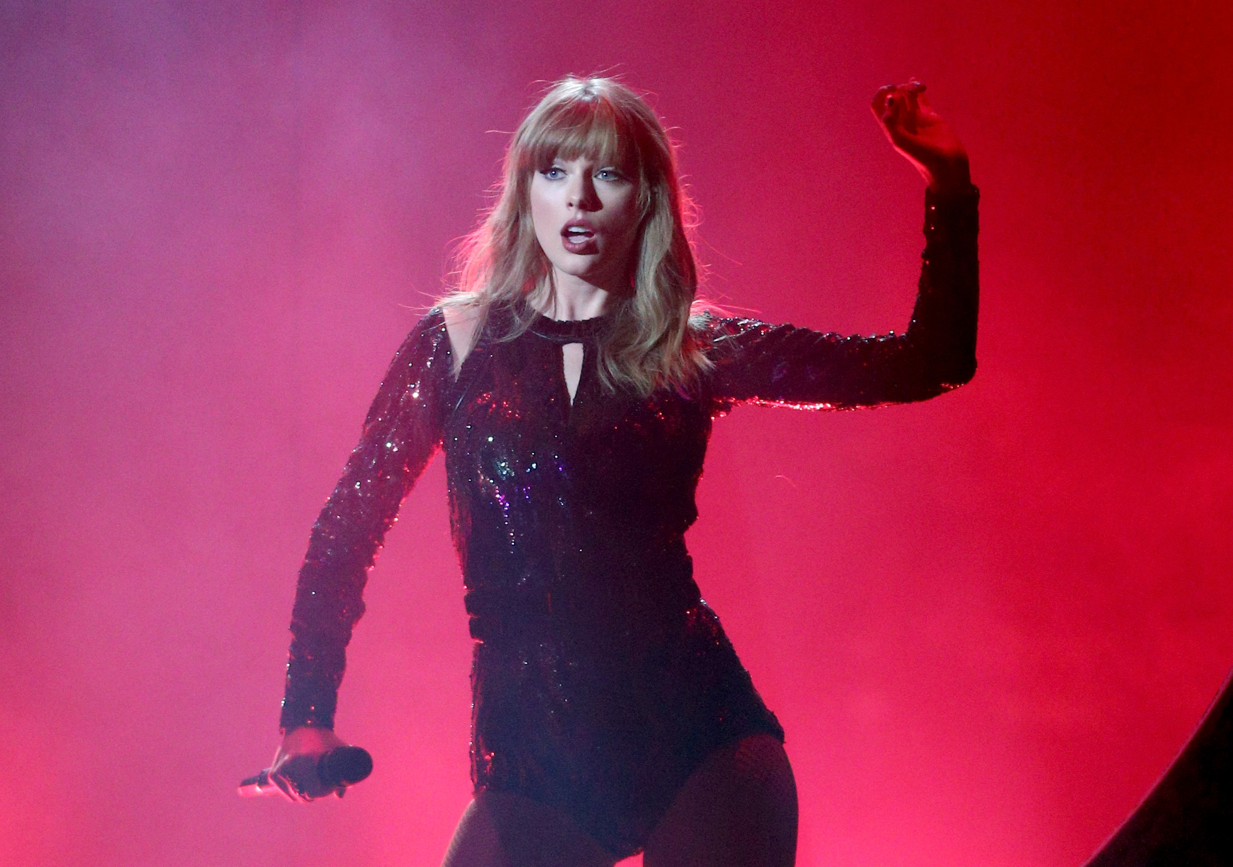 Taylor Swift live in concert